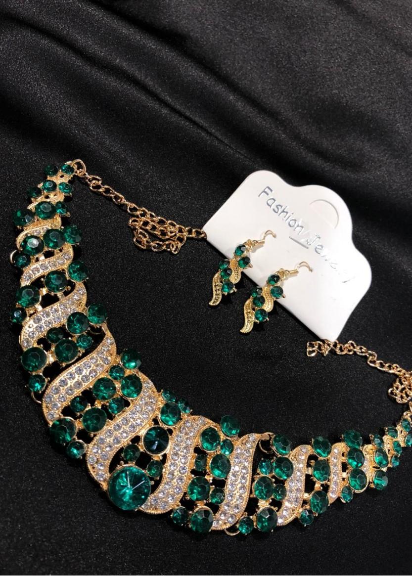 Ожерелье золото с зеленым