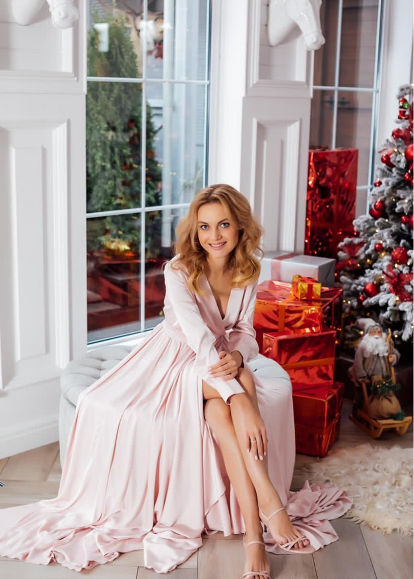 Кассандра Розовое