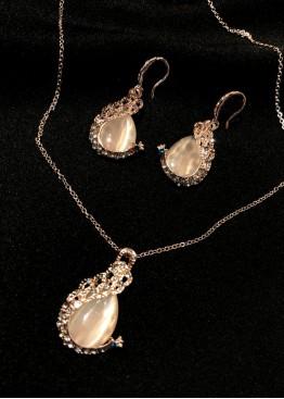 Ожерелье золото минималистичное 2